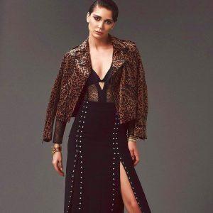 Севджан Ясар в очень красивом платье